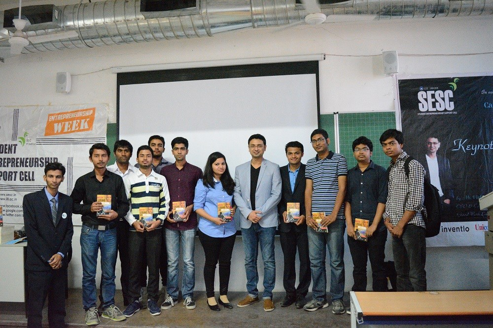 Vishwas Mudagal with the Student Entrepreneurship Support Cell, the team that organised E-Week 2016